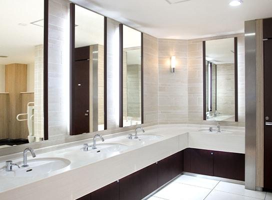トイレをリニューアルして清潔感のあるビルに