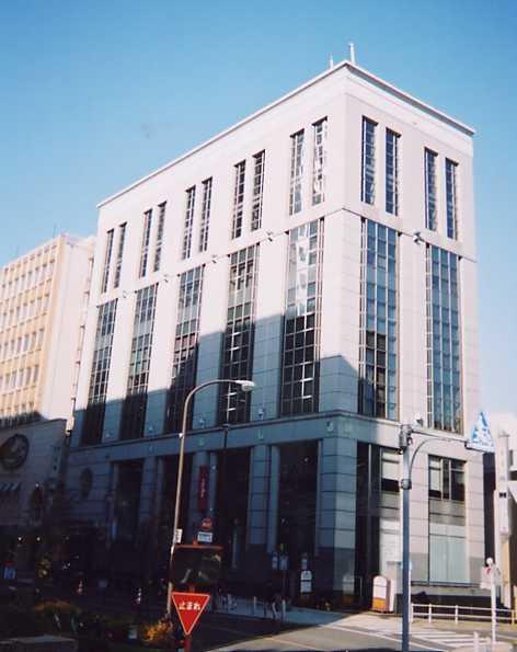 「栄」駅から徒歩6分 11.67坪のビルです