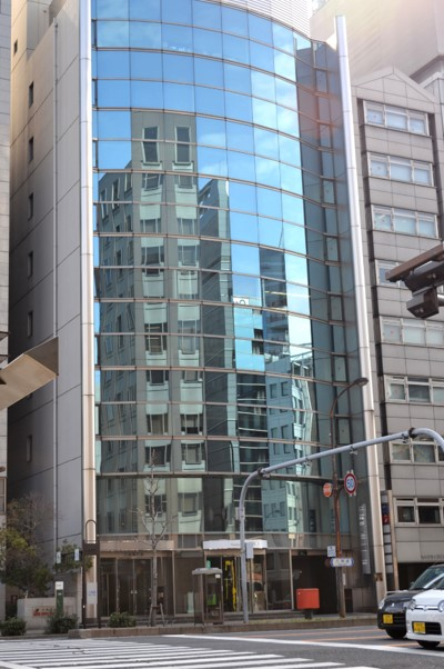 「久屋大通」駅から徒歩1分 17.68坪のビルです