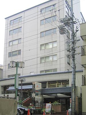 「栄」駅から徒歩7分 3.02~10.88坪のビルです