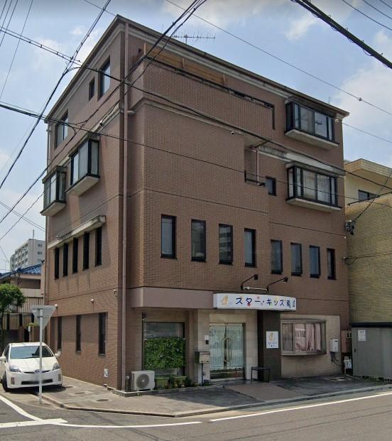 「川名」駅から徒歩2分 56.80坪のビルです