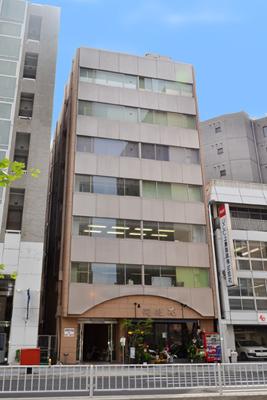 「名古屋」駅から徒歩6分 16.50坪のビルです