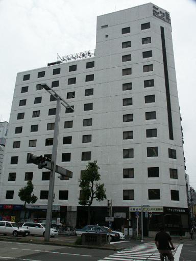 「新栄町」駅から徒歩2分 6.79坪のビルです