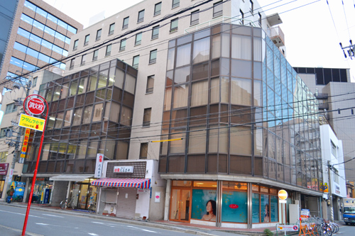 「名古屋」駅から徒歩6分 14.65坪のビルです